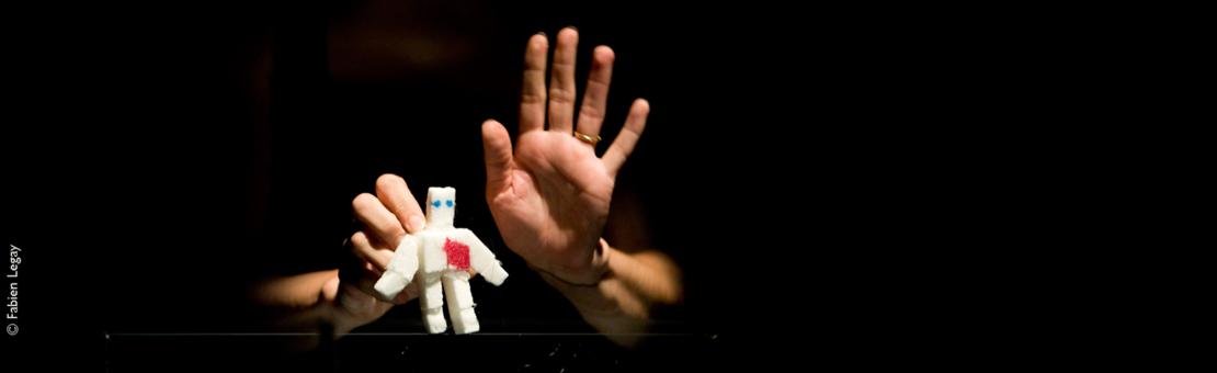 «La marionnette est une parole qui agit»                                             Paul Claudel